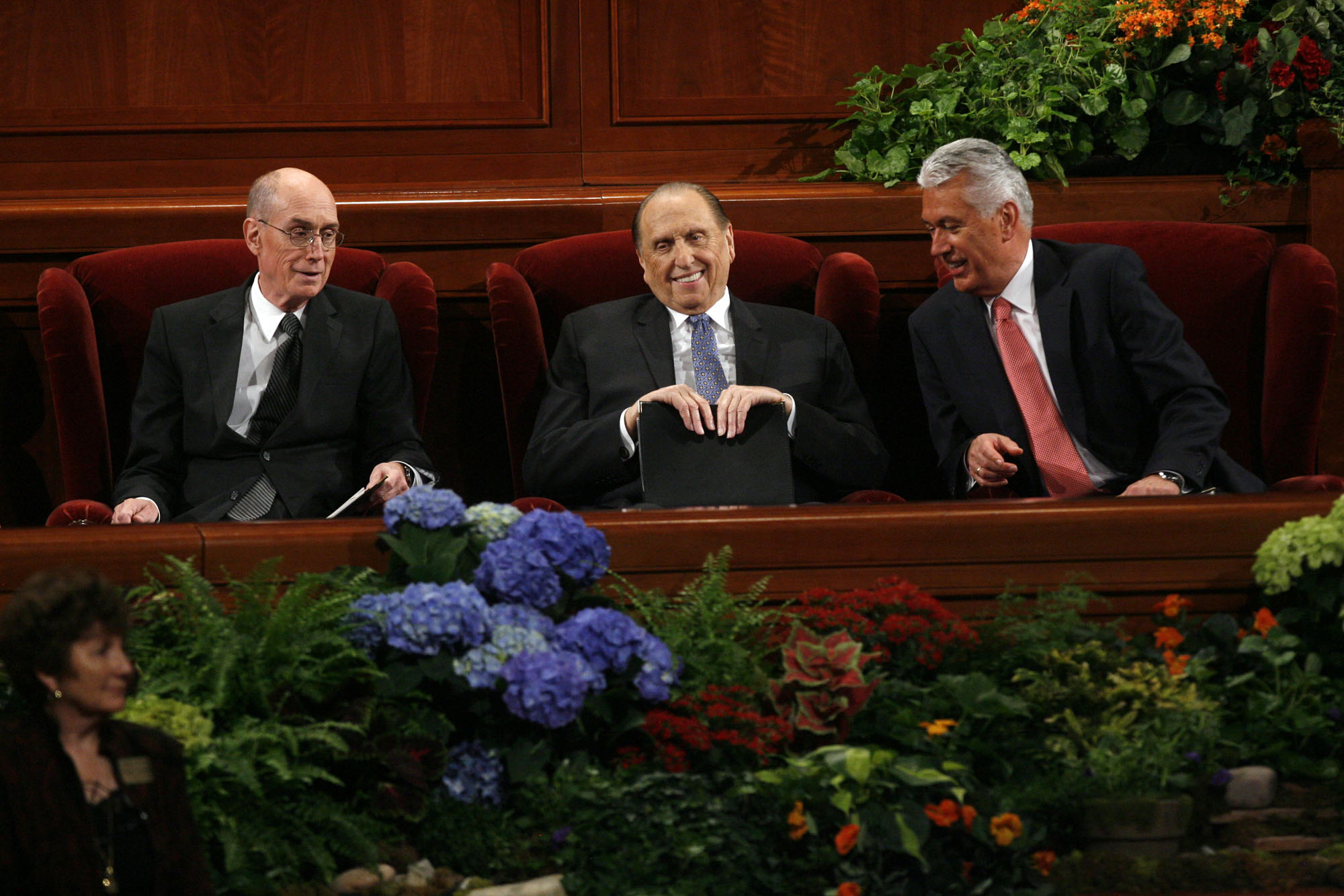 (Francisco Kjolseth  |  The Salt Lake Tribune) President Thomas S. Monson (center) with Henry B. Eyring (left) and Dieter F. Uchtdorf (right), share a few words prior to the start of the second session of the LDS General Conference on October 2, 2010.