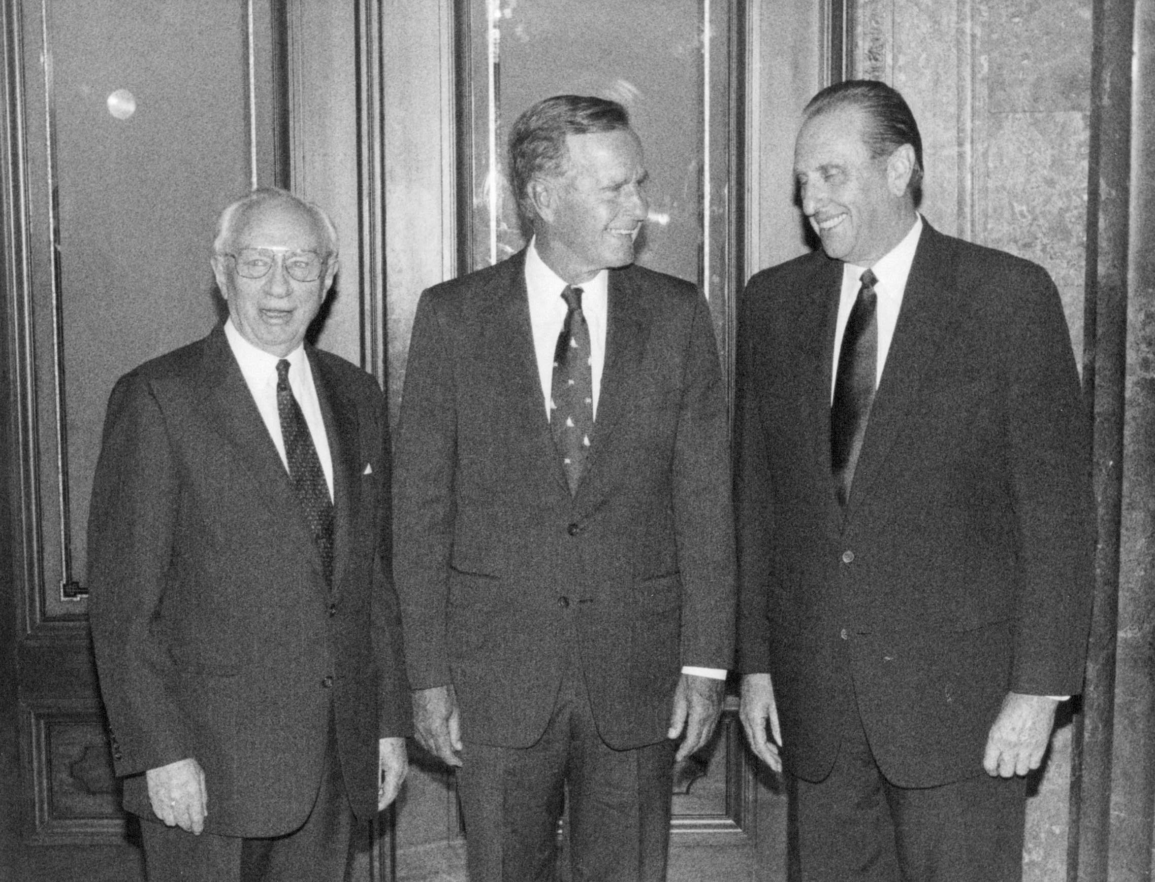 (Tribune file photo) Left to right, President Gordon B. Hinkley, President George Bush, President Thomas S. Monson meet on September 19, 1991.