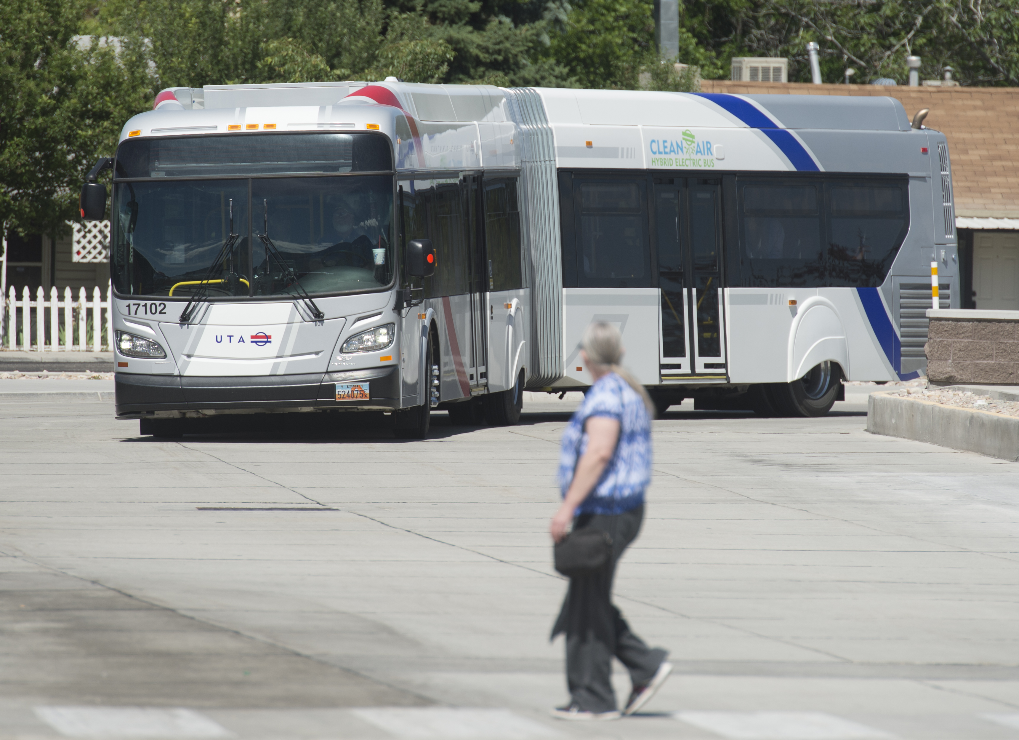 UTA finds a way to fill buses — offer free fare and frequent service