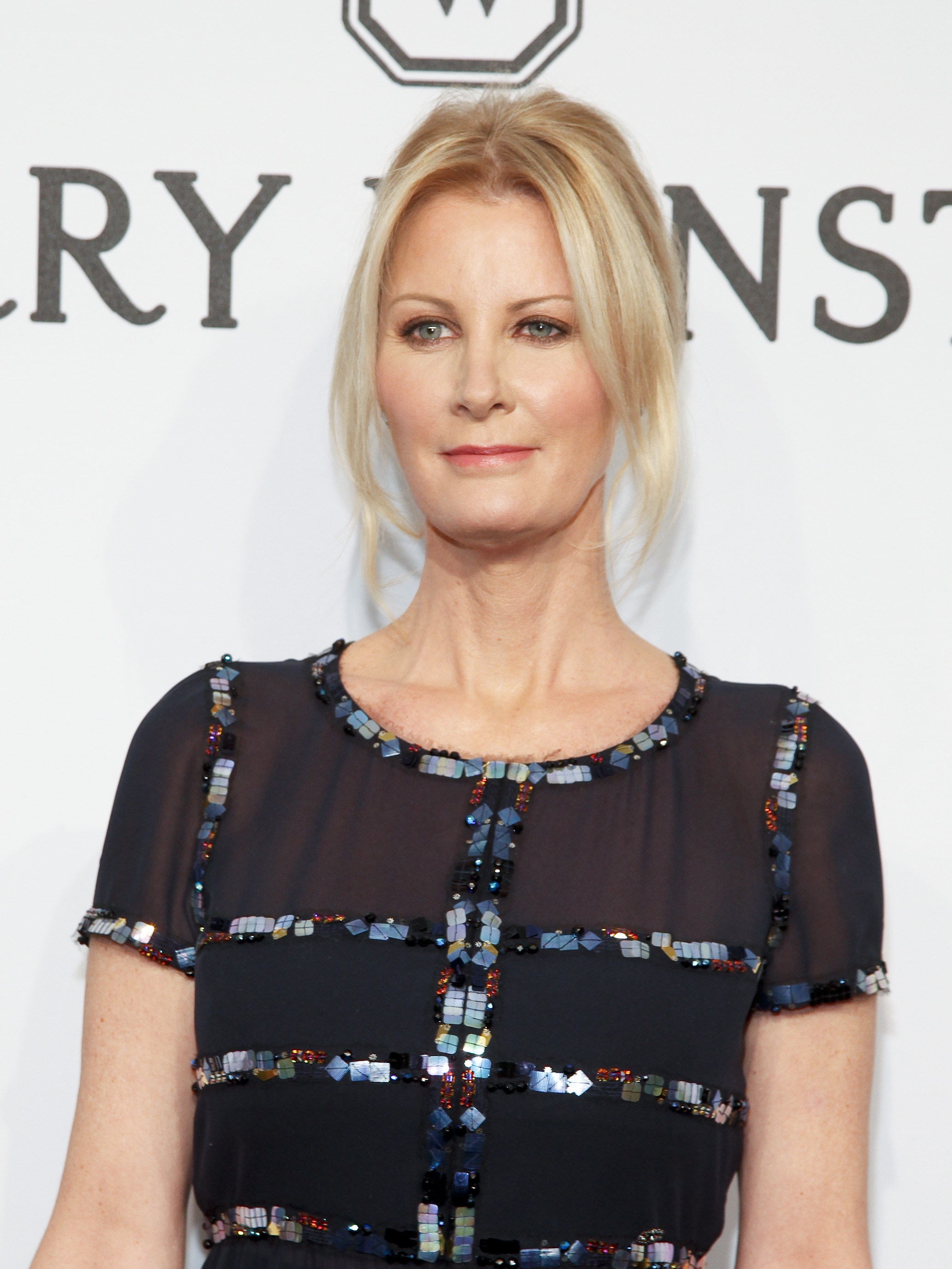 'People will see me on my knees and see me cry,' says TV chef Sandra Lee of her cancer survival film at Sundance