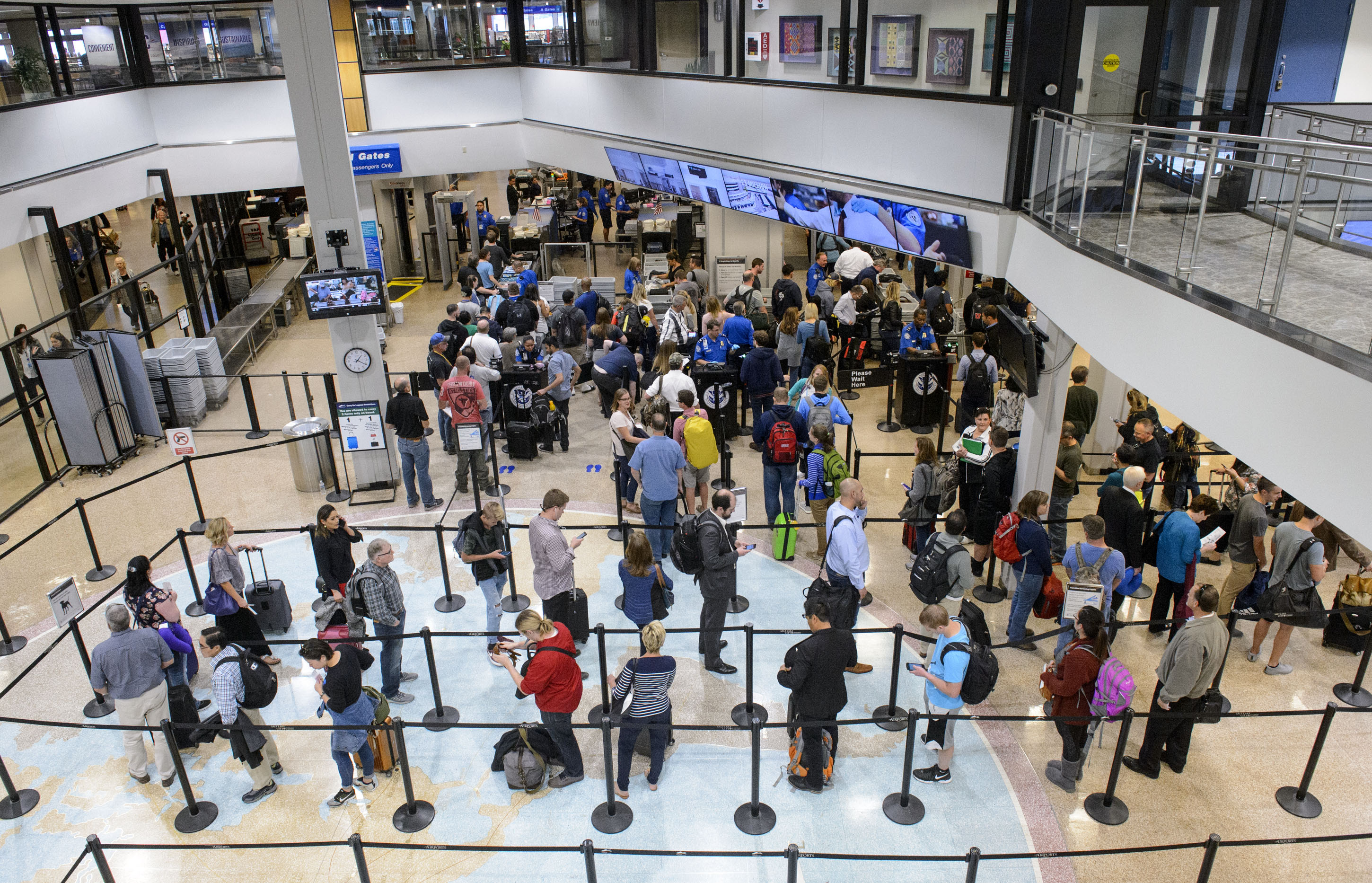Lawmakers push for a quick fix to driver license problem that could prevent Utahns from getting through airport security